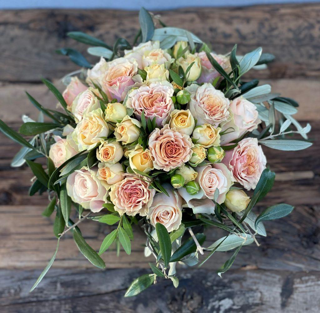 Fersken roser og grenroser